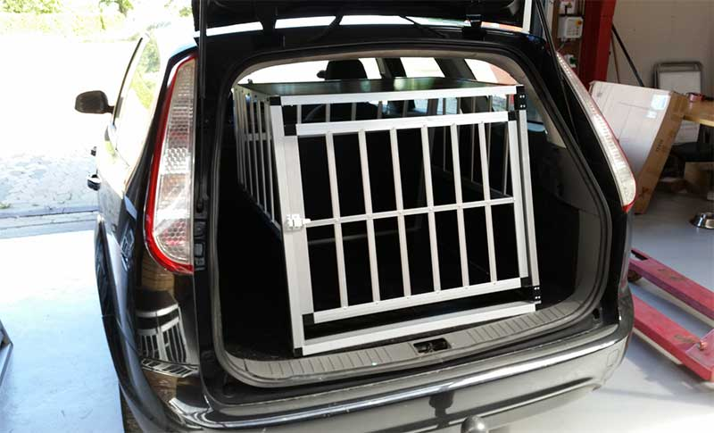 Safecrate XXL Premium i Ford Focus Stationcar