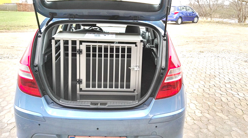 b-Safe Large Wide med trin i Hyundai i30 2011