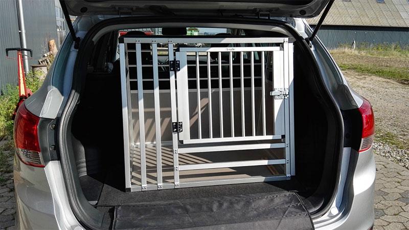 b-Safe Large Wide med trin i Hyundai ix35 årgang 2010