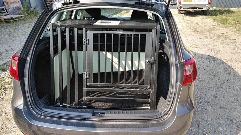 b-Safe XL Wide PRO med trin i Seat Ibiza årgang 2014