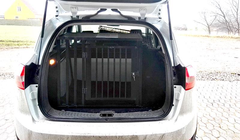b-Safe Large Wide PRO hundebur til transport i bilen - Suzuki Baleno årgang 2017