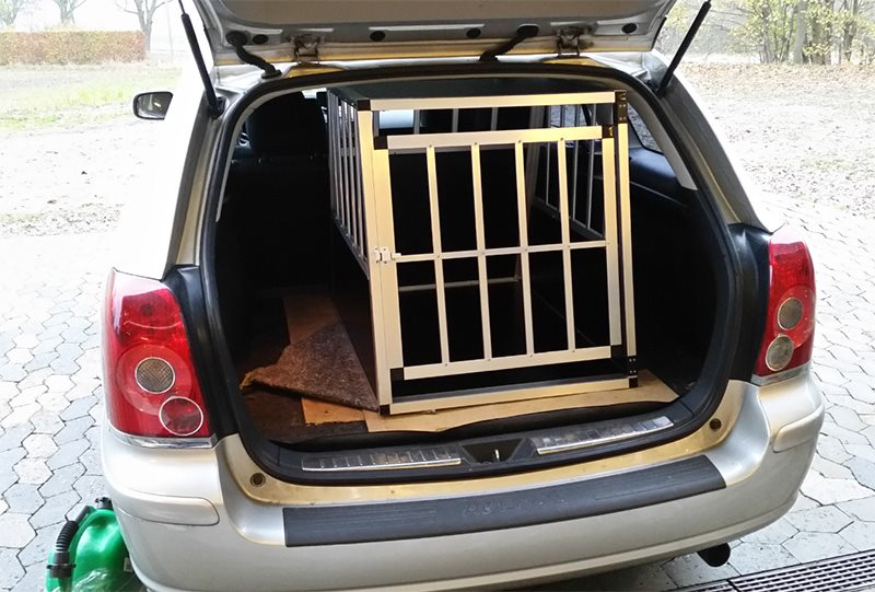 Safecrate XL Premium i Toyota Avensis
