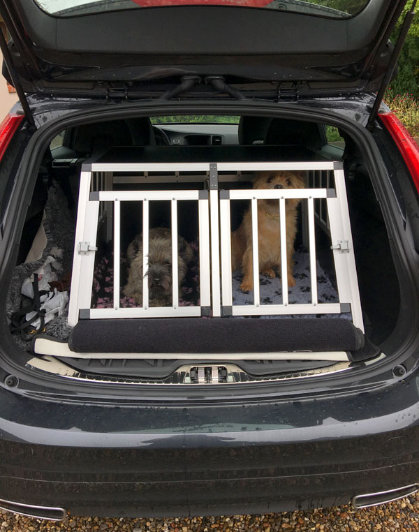 Safecrate Double Small Premium i Volvo V60 fra 2016